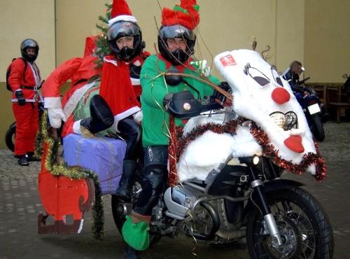 Mikołaje na Motocyklach w Trójmieście po raz kolejny przywiozą dzieciom uśmiechy