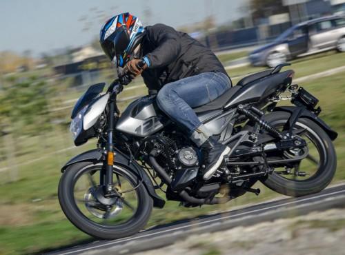Przetestowane w najtrudniejszych warunkach. Motocykle Bajaj Pulsar dostępne w polskiej sieci dealerskiej