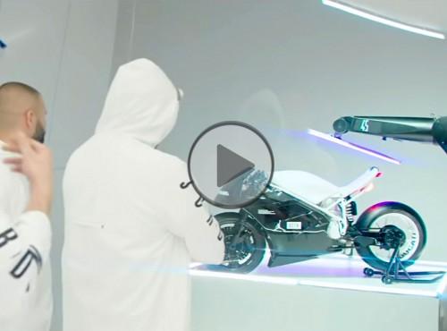 Kombinacja legend - Ducati 916 i Michael Jordan