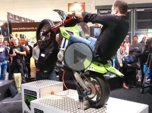 Symulator jazdy na jednym kole. Bezpieczna alternatywa?