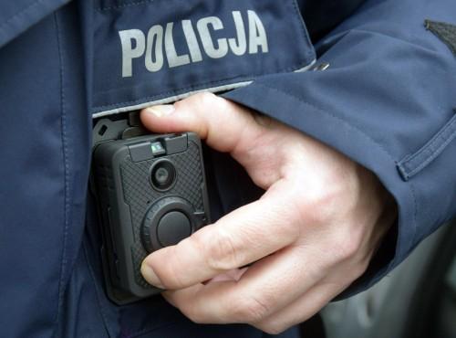 Policjanci nagrają przebieg interwencji specjalnymi kamerami