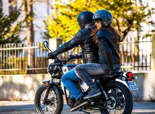 Nie stój w korkach, przesiądź się na motocykl 125!