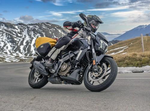 Planujesz majówkę? Wybierz motocykl Dominar 400