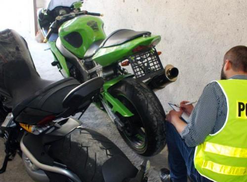 Policja rozbiła gang złodziei motocykli i odzyskała kilka maszyn