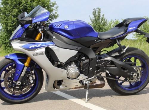 Nowa Yamaha YZF-R1 z nietypowym systemem anty-wheelie