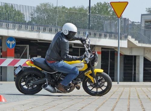 Wrocławskie Stowarzyszenie Motocyklistów zaprasza na darmowe treningi gymkhany!