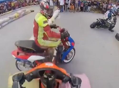 Wyścig, który zmienił się w bijatykę [VIDEO]