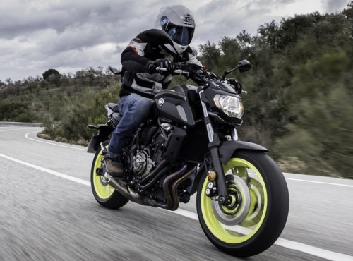 Nowa Yamaha MT-07 na zdjęciach szpiegowskich