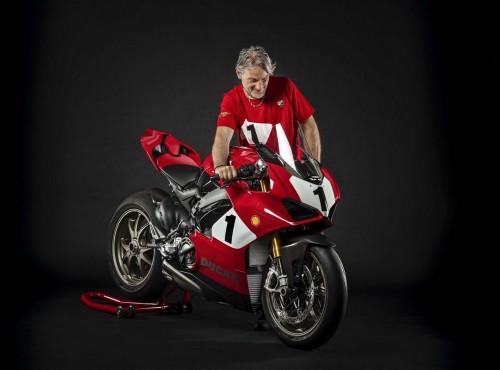 Ducati Panigale V4 25 Anniversario 916. Hołd dla Foggy'ego i modelu 916 [ZDJĘCIA]