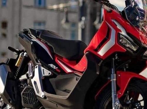 Honda X-ADV w mniejszej wersji. Producent zaprezentował ADV 150