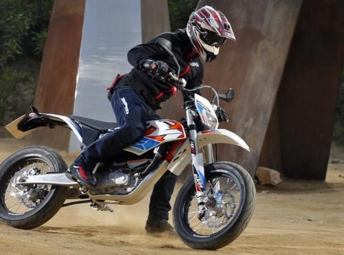 Motocykliści oburzeni zakazem sprzedaży motocykli spalinowych