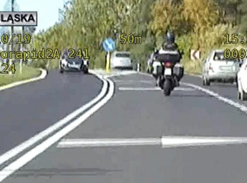 Dolny Śląsk: 10 wykroczeń na 2 kilometrach. Efekt - 15 punktów i zatrzymane prawo jazdy