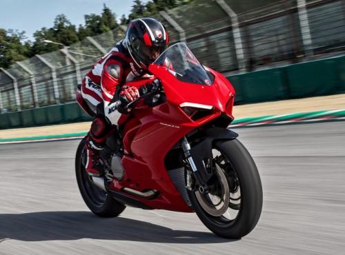 Nowe Ducati Panigale V2. 176 kg, 155 KM, bardziej przyjazny dla początkujących