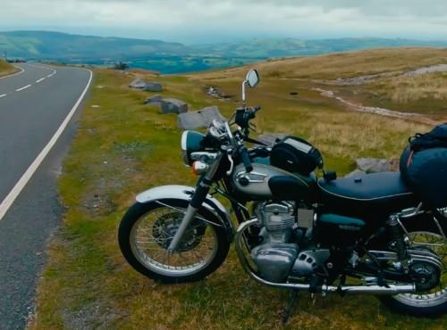 Jesienny wypad w brytyjskim stylu - Walia na Kawasaki W800 [FILM]