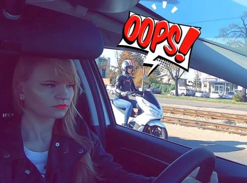 Samochód czy skuter? Dwie studentki kontra dwie Hondy [FILM]