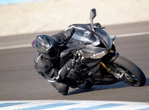 Szkolenia California Superbike School i Proenduro na motocyklach Triumph