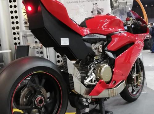 300 koni mechanicznych w Ducati Panigale
