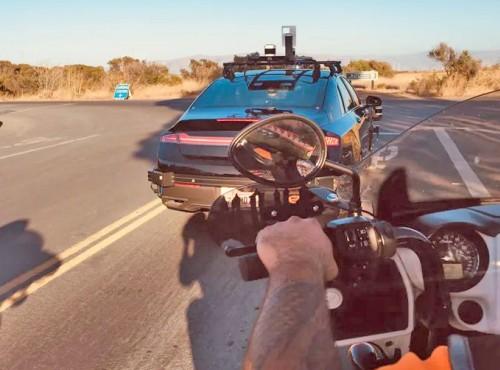 Motocykliści pomagają tworzyć autonomiczne samochody