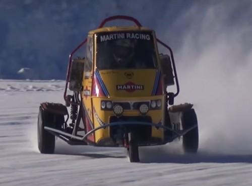 Piaggio Ape z silnikiem Triumpha - przepis na śnieżne szaleństwo