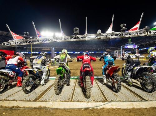 AMA Supercross: wizualizacja toru i listy na Glendale