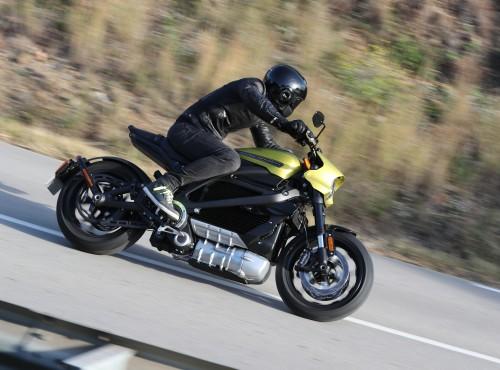 Jak jeździ elektryczny Harley-Davidson LiveWire? [test, opinia, video]