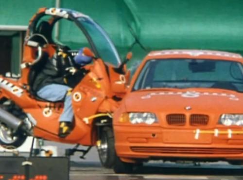 BMW opatentowało strefę zgniotu w motocyklu