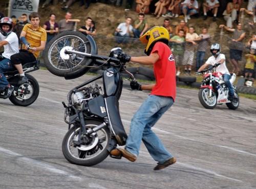 Żadnych zmian w kategorii B! Ministerstwo odrzuca przywileje dla motocykli zabytkowych