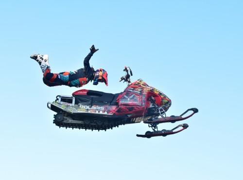 Freestyle Heroes: skuter śnieżny będzie latał w Arenie Gliwice!