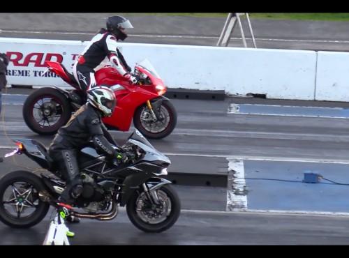 Wyścig równoległy Kawasaki Ninja H2 i Ducati V4S [VIDEO]