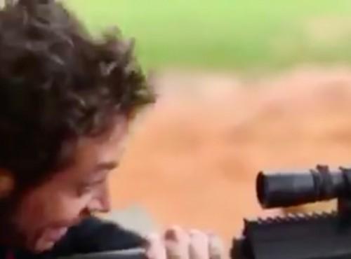Valentino Rossi na polowaniu. Kto jest ofiarą? [VIDEO]