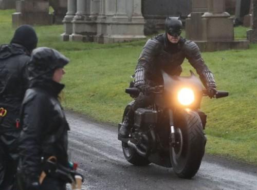 Batman kontra prawa fizyki - 1:0 [FILM]