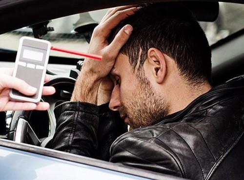 Jak rozpoznać pijanego kierowcę. Policjanci zdradzają 5 sposobów