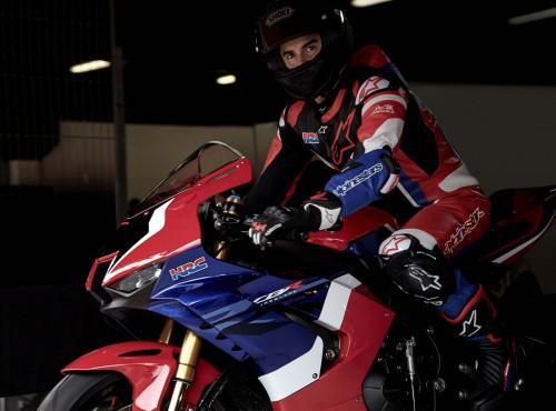 Okrążenie toru z Marquezem na Hondzie Fireblade SP i kamerą 360 stopni [VIDEO]
