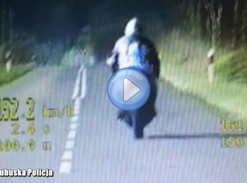 Lubuskie: pościg za motocyklistą zakończony spektakularnym dzwonem [FILM]