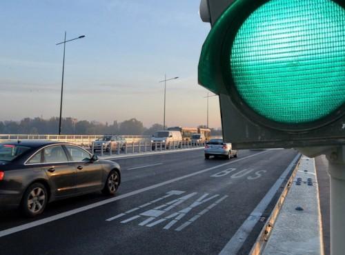 Warszawa: znamy lokalizację trzech kolejnych buspasów udostępnionych motocyklistom! [MAPA]