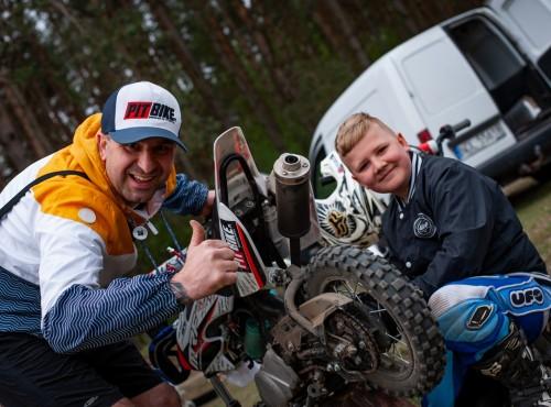 W Głażewie Camp z trenerem Marcinem Wójcikiem i jazdy na czas