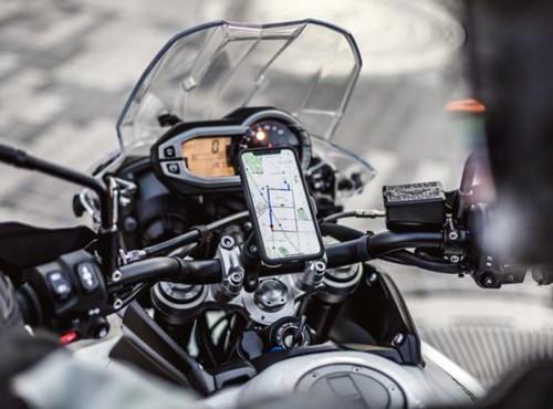 Twój smartfon będzie walczył z dziurami na drodze Genialny pomysł naukowców z Uniwersytetu w Birmingham
