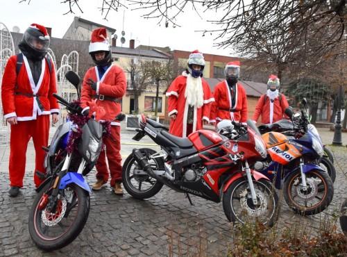 MotoMikołaje pojadą w Kutnie. Zbiórka trwa do 18 grudnia