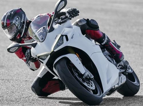 2021 Ducati Supersport 950 - ruszyła produkcja nowego motocykla z Bolonii, znamy ceny