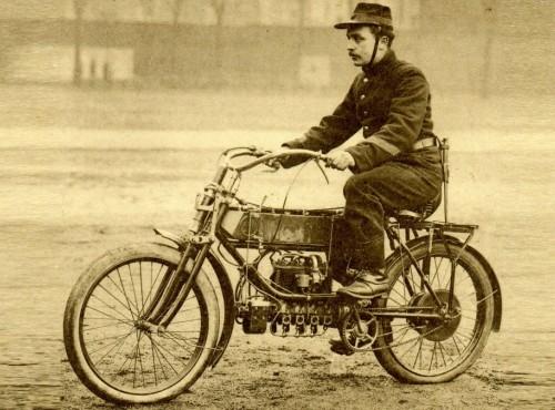 Motocykle w wojsku: kiedy się pojawiły, kto je produkował, jaka była ich historia?