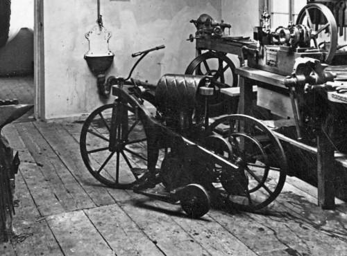 Pierwszy na świecie motocykl. Gottlieb Daimler stworzył go