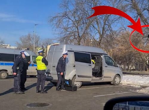 DJI Matrice 210 V2 jako dron Policji do rejestrowania wykroczeń. Film z użycia na ulicy