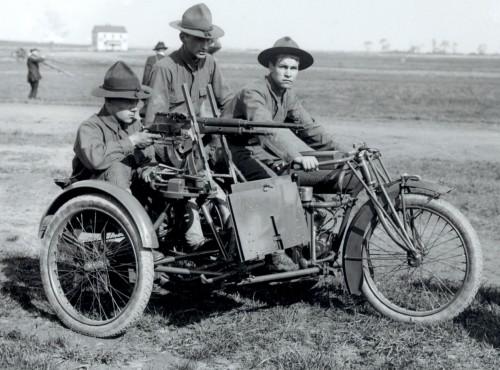 Harley-Davidson, Triumph, Royal-Enflied, Peugeot, Indian jako motocykle wojskowe w czasie I wojny światowej