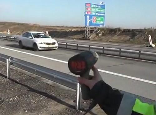 Odcinkowy pomiar prędkości na budowie A1 Tuszyn-Piotrków Trybunalski. Zdjęcia przyjdą pocztą