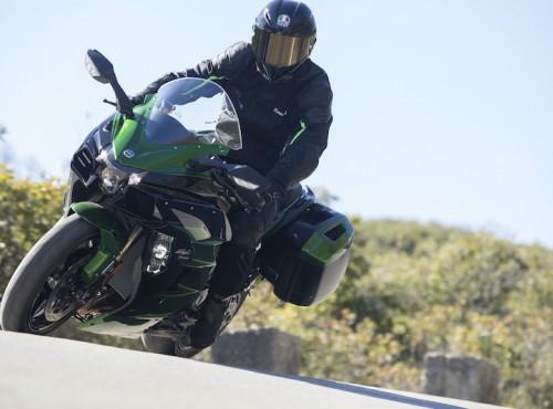 Kawasaki Ninja H2 SX będzie wyposażone w radar - zobacz zdjęcia szpiegowskie
