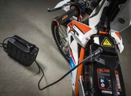 Lobby samochodowe może pomóc producentom motocykli elektrycznych