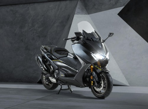 Yamaha świętuje 20 lat legendarnego maksi skutera - oto mocno limitowany TMAX 20th Anniversary