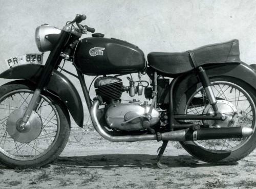Pannonia 250, TL, TLT, TLF, TLB, TLD, T5, P10 i inne - jakie były motocykle Csepel z Węgier?