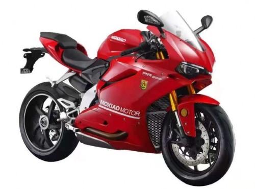 Na motocyklu Moxiao 500RR poczujesz sięprawie jak na Ducati Panigale, ale prawie robi różnicę