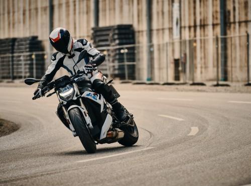 Premiera motocykla BMW S1000R w Liberty Motors Piaseczno już 8 maja!